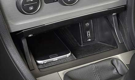 Golf-7-USB-AUX-Port-X901D-G7