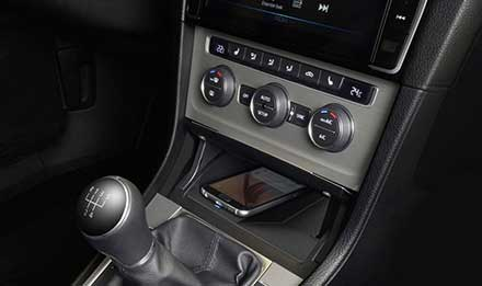 Golf-7-Wireless-Charging-Console-KCE-G7QI